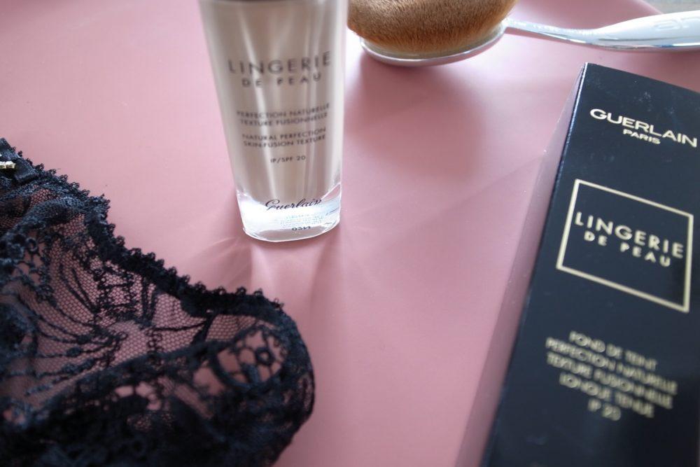 GUERLAIN LINGERIE DE PEAU Make-up