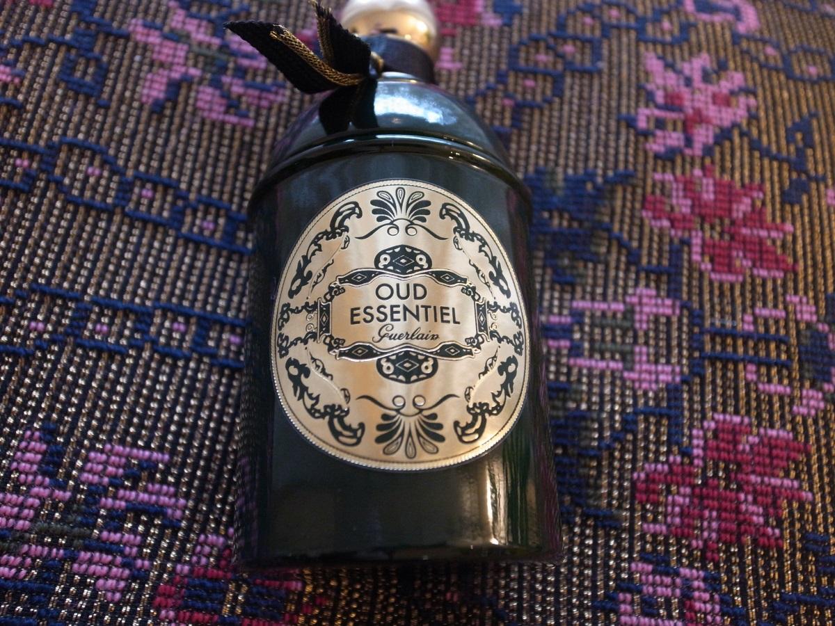 Guerlain Absolus d'Orient Oud Essentiel