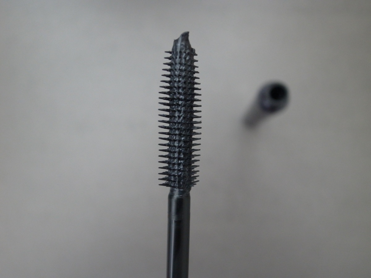BY TERRY LASH-EXPERT TWIST BRUSH
