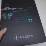 Bye bye Schmerzen & Verspannungen mit haltungskorrigierender Kleidung von Anodyne-Shop