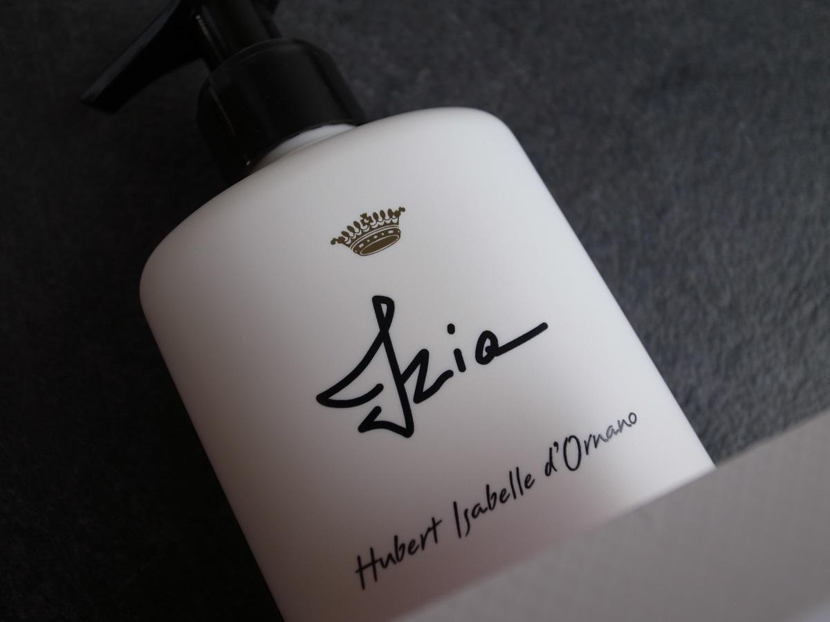 sisley paris Izia perfumed bath and shower gel